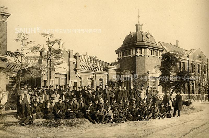 1927, 시계탑